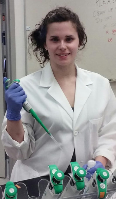 Elizabeth Magill working in a laboratory at WSU.