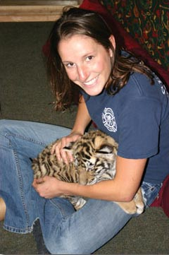 WSU Graduate Emily Purbaugh with tiger