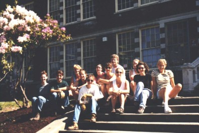 The UW students who worked on the stairs site (May 1999).
