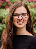 Portrait image of Cassandra Nikolaus