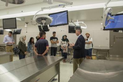 Iraqi students in anatomy lab