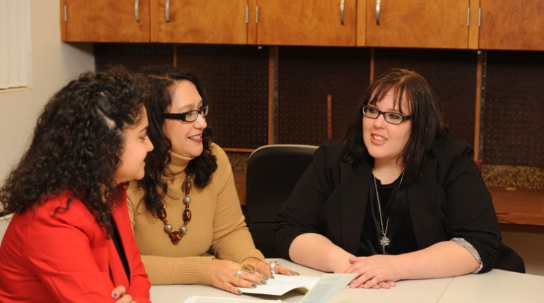 Dr. Lisa Guerrero with students