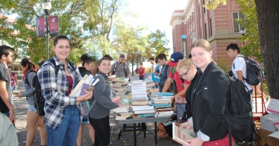 Students choosing free books at the fall 2015 CCGRS Book Bash