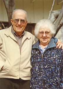 Portraight photo of Grady & Lillie Auvil