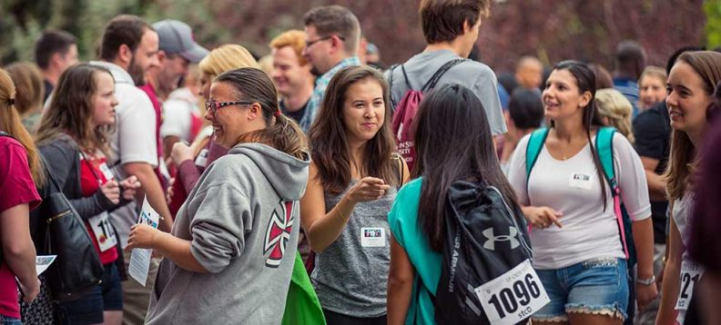 photo of students at 2015 orientation in august
