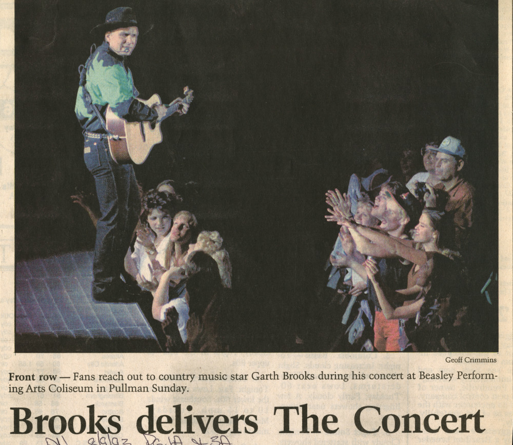 Garth Brooks Article