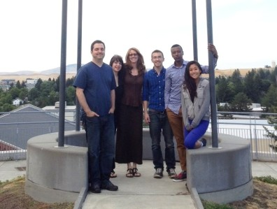 From left to right: Lawrence Behmer (graduate student), Alexandra Stubblefield (graduate student), Lisa Fournier (associate Professor), Kenneth Albright (undergraduate), Ezana Taddesse (graduate student), Rebecca La (undergraduate student)