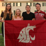 Honors students and alumni at historic Mount Vernon