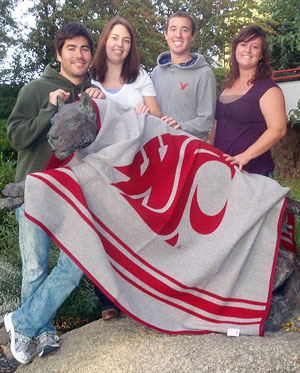 Blankets Designed Sold To Keep New Class Going Wsu