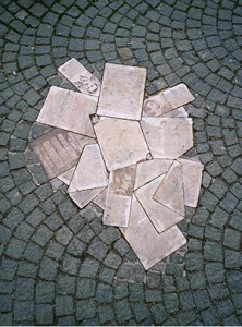 Scholl-Memorial-in-Munich-300