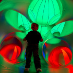 Luminarium red 32
