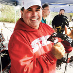 Michael Uphus entertain runners with band