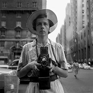 Vivian-Maier-New-York-City-September-10-1955