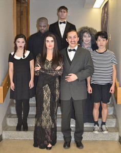 Addams-Family-cast-400