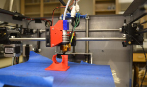 6 3D-printer-makes-part-web