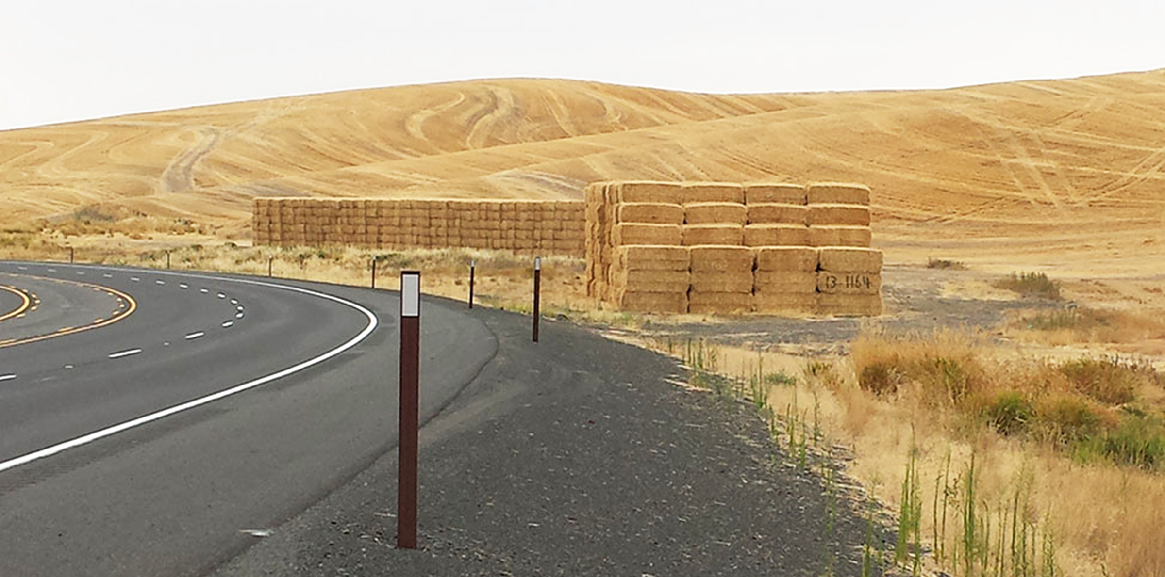 A Good Straw Year Bales In Big Demand In The Northwest Wsu - Bales