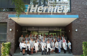 a-school-excursion-to-a-lab-in-hamburg-germany-web