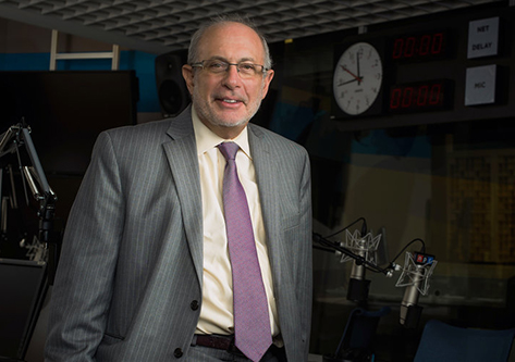 "Robert Siegel in the NPR ""All Things Considered"" studio"