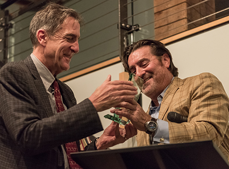 Stephen Jones, director of the WSU Bread Lab, left, accepts the Angelo Pellegrini Award from Pellegrini Foundation president Tom Owens, right. (Photo by Salinas Holcomb.)