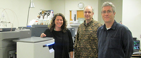 The PIOs for the research Shannon Tushingham, David Gang and Jelmer Eerkens in a lab at WSU.