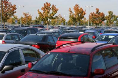 WSU parking lot full of cars.