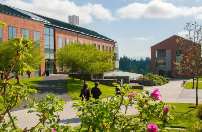 Students walk through the WSU Vancouver campus.