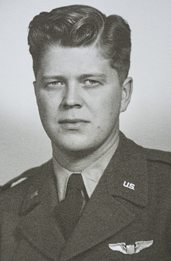 Lindblad in his Air Force uniform.