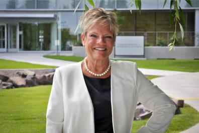 Linda Garrelts MacLean