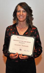 Suzanne Hamada holding award.