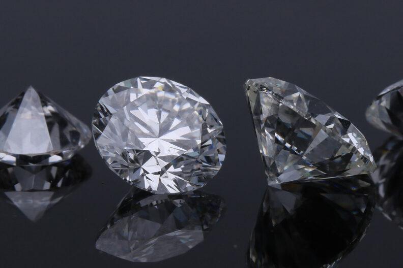 Closeup of several cubic jewel diamonds.