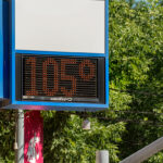 A temperature gauge in Pullman reads 105 degrees F.