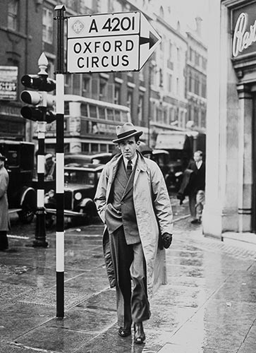 Edward R. Murrow in London
