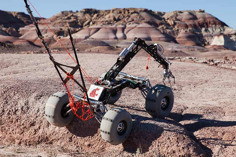 WSU rover competing on course
