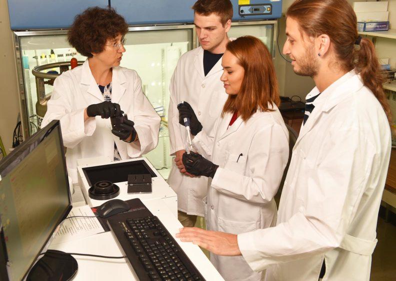 Alla Kostyukova and students