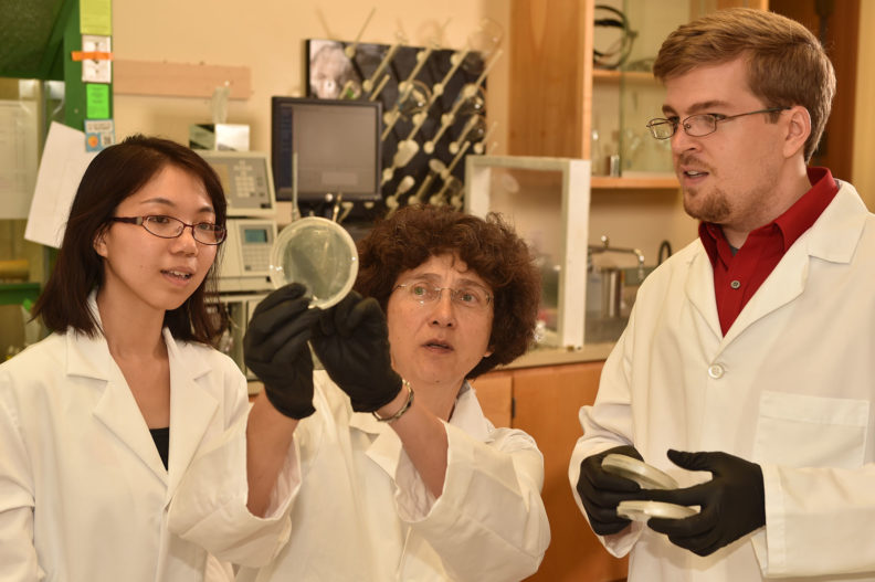 Alla Kostyukova with her students in the lab