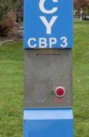 emergency.blue.pole