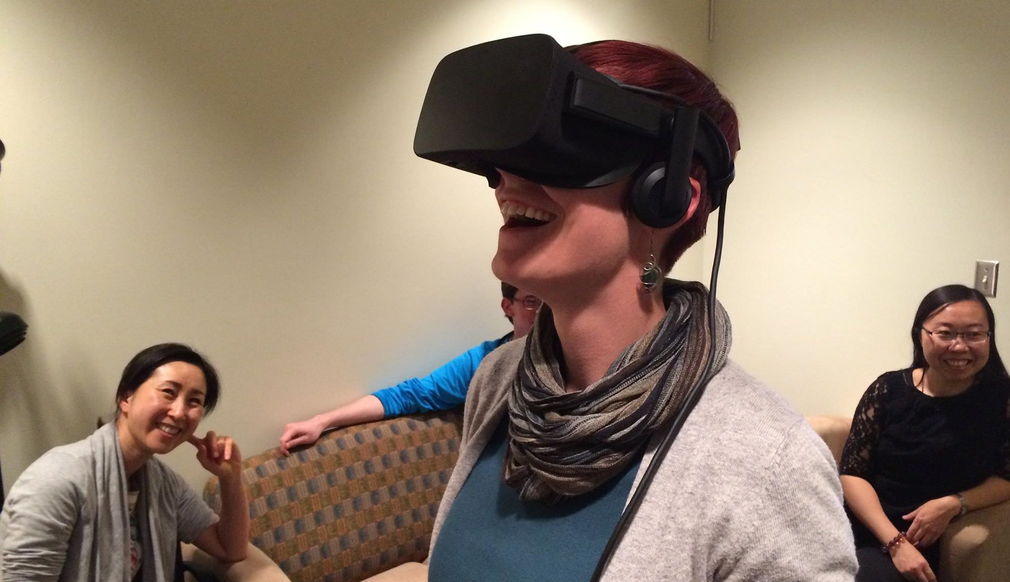 Myiah using VR headset