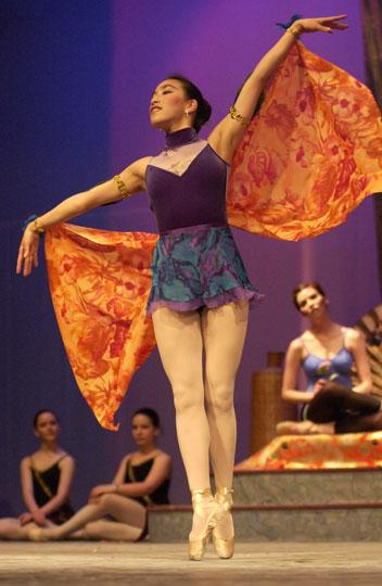 WSU Dancer Mia Song Swartwood takes flight (Photo Robert Hubner)