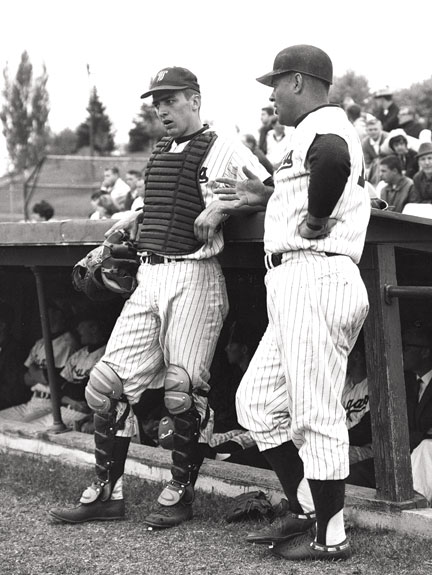John E. Olerud with Coach Bobo Brayton at WSU