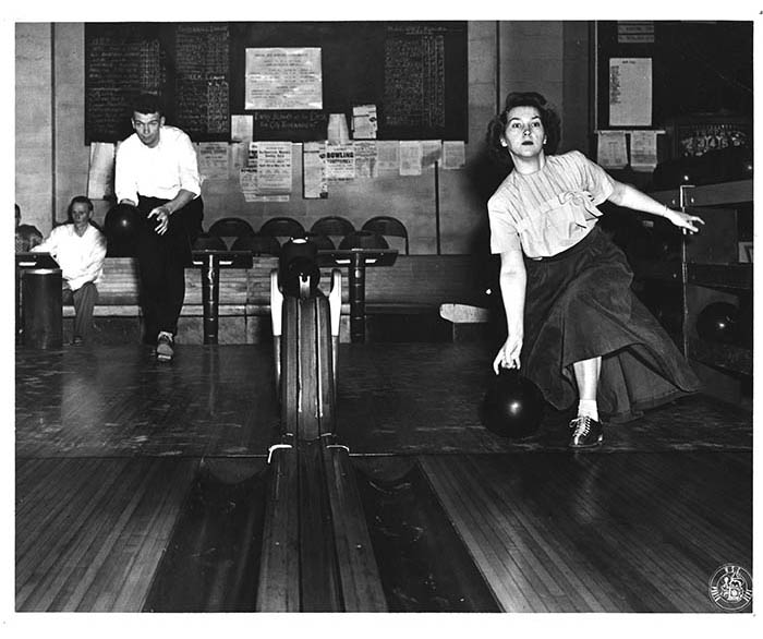 WSC woman bowling in 1955