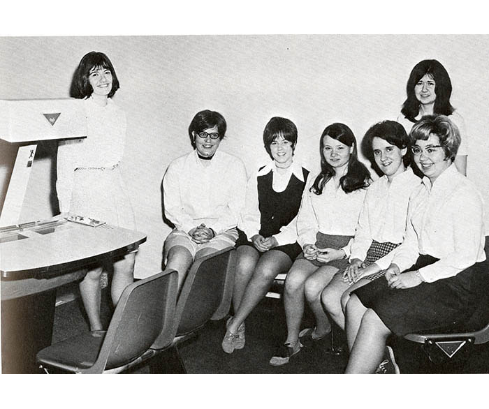 WSU Women's Bowling Team from 1971