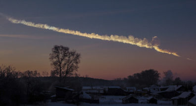 Chelyabinsk meteor trace. Photo Alex Alishevskikh/Wikimedia Commons