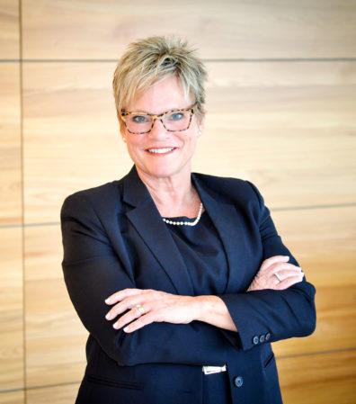 Associate Dean Linda Garrelts MacLean