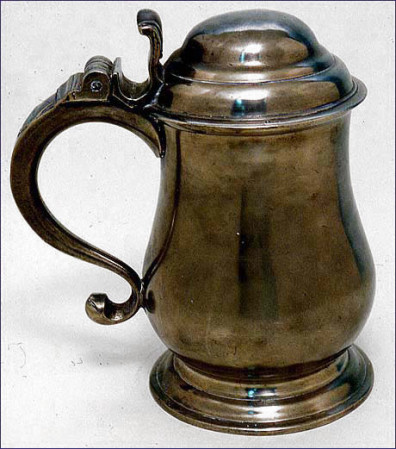 Pewter tankard made probably made by Swedish immigrant John Andrew Brunstrom in Philadelphia c. 1781-1793. Courtesy Smithsonian National Museum of American History.