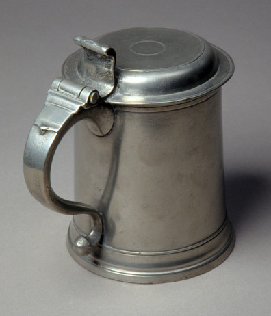 Pewter tankard made by Henry Will, New York c. 1761–93. Courtesy Winterthur Museum, Garden & Library.