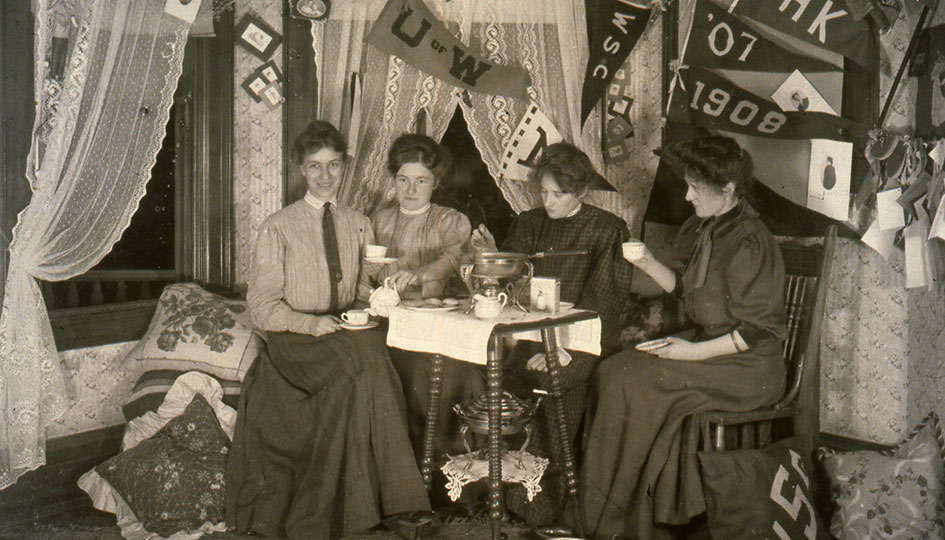1906 in Stevens Hall. Beryl Flood Lewis on right with her twin sister.