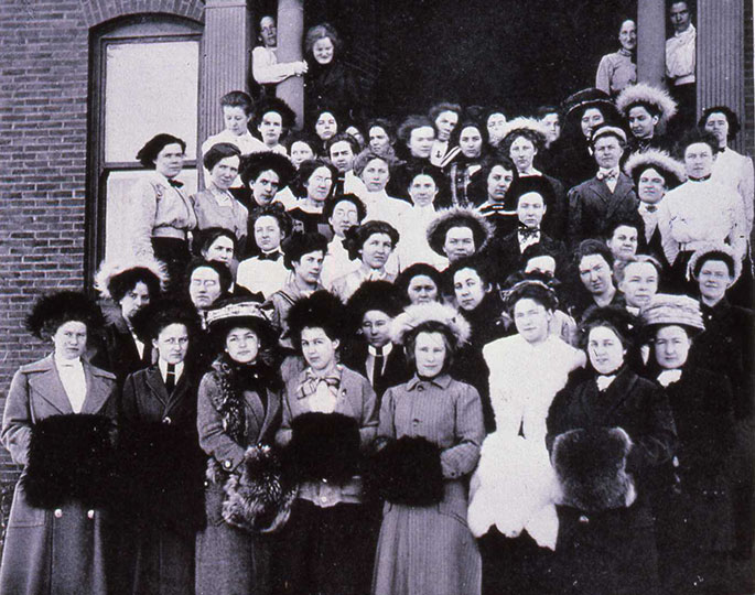 Stevens Hall freshman students, 1911.
