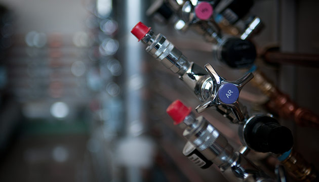 Wine Science Center at WSU Tri-Cities. By Zach Mazur