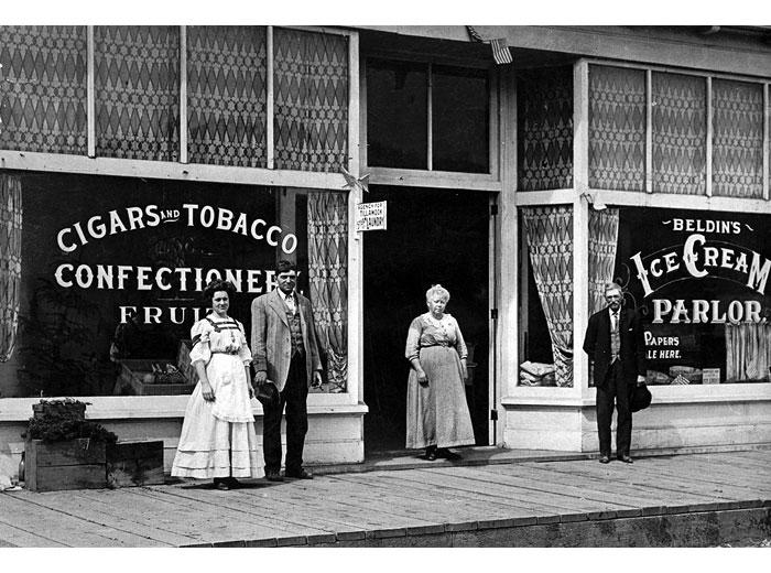 Beldin's Store, Hanford, 1935