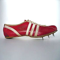 red track shoe
